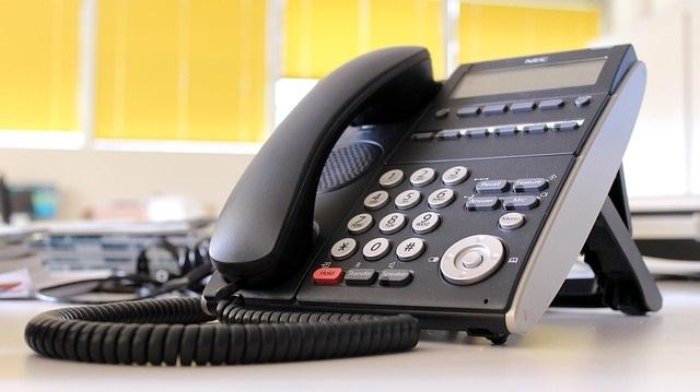 ビジネスフォンで設定できる「不在転送」が便利!
